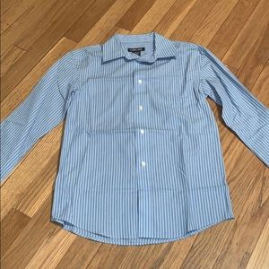 Cherokee Blue Pinstripe Medium 8/10 Button Down